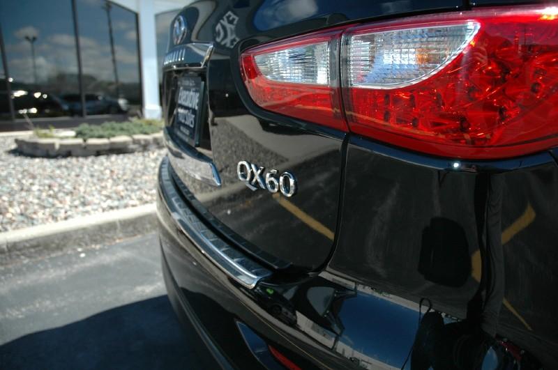 Infiniti QX60 Touring 2015 price $26,990