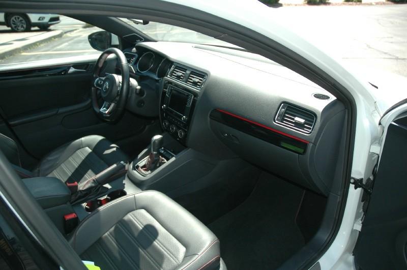 Volkswagen Jetta Sedan GLI 2016 price $18,490