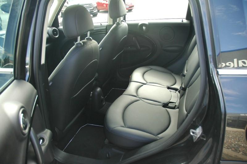 Mini Cooper Countryman 2012 price $10,490