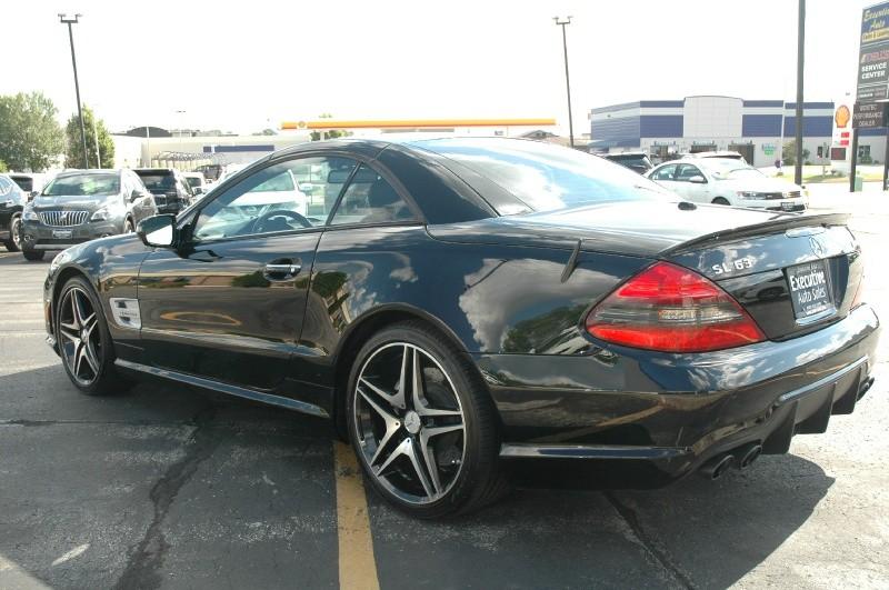 Mercedes-Benz SL-Class 2011 price $39,990