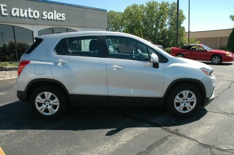 Chevrolet Trax 2017 price $14,990