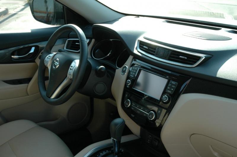 Nissan Rogue 2016 price $19,990