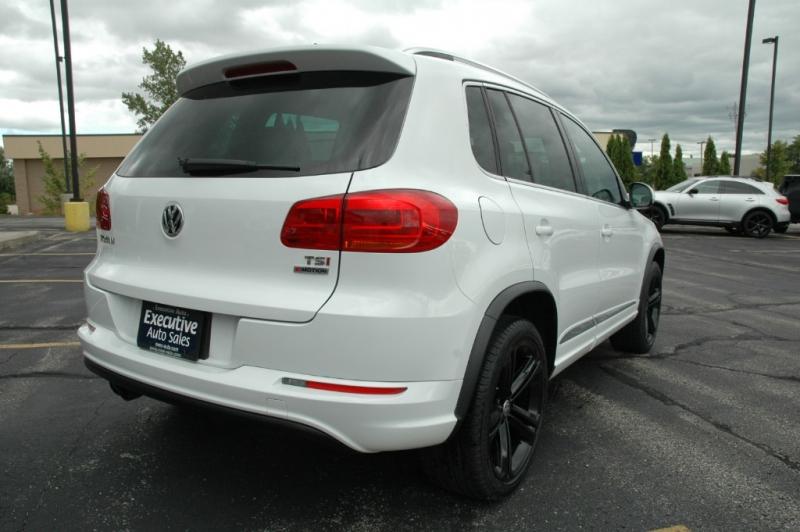 Volkswagen Tiguan 2016 price $19,990