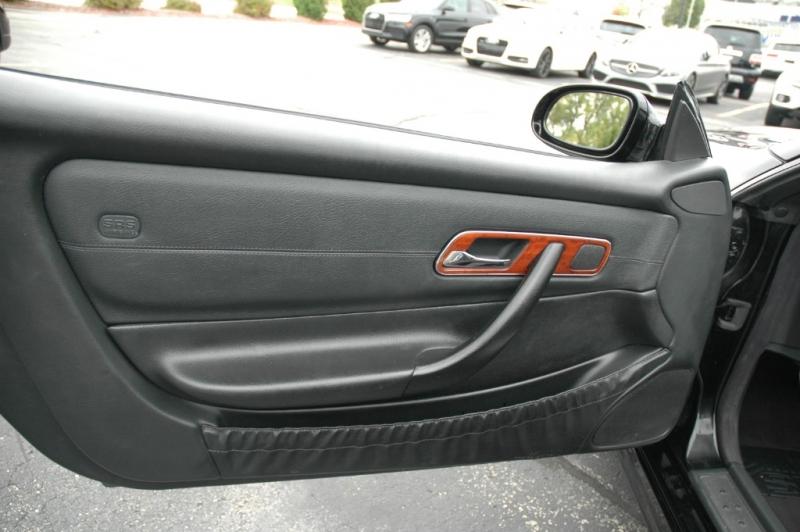 Mercedes-Benz SLK-Class 2003 price $9,990