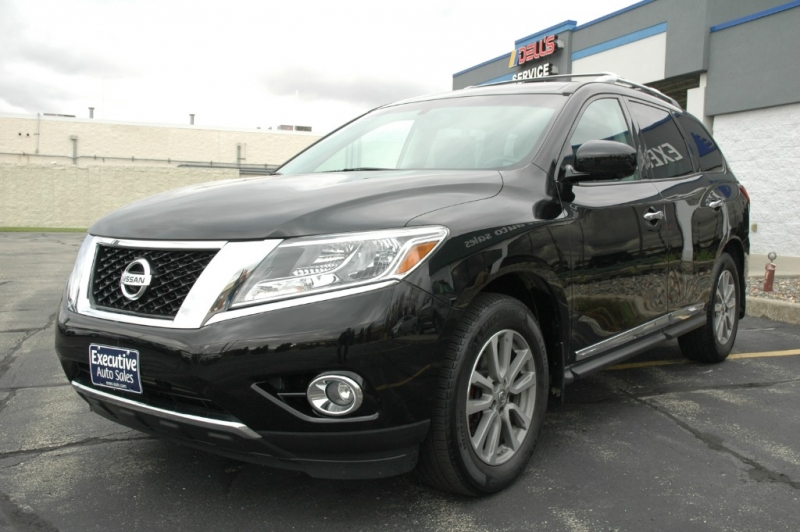 Nissan Pathfinder 2016 price $24,490