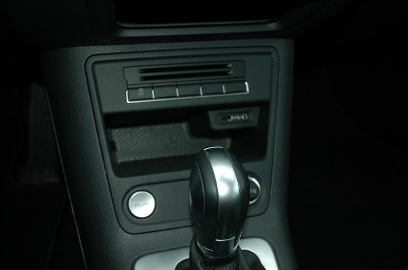 Volkswagen Tiguan 2017 price $19,990