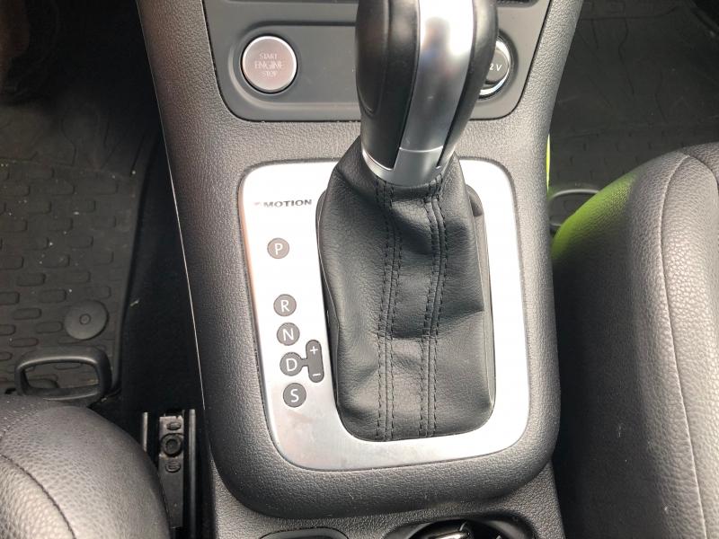 Volkswagen Tiguan 2017 price $15,990