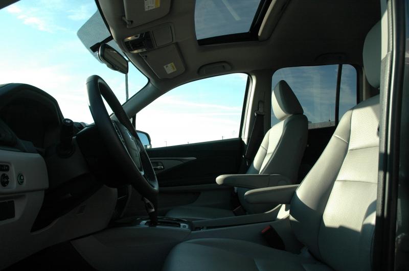 Honda Ridgeline 2019 price $32,990