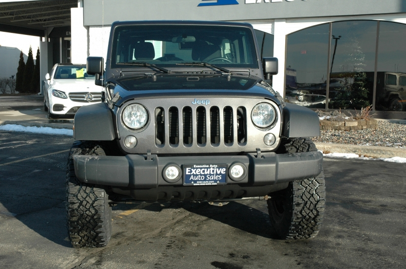 Jeep Wrangler Unlimited 2017 price $31,990