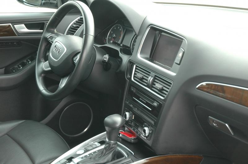 Audi Q5 2017 price $26,990
