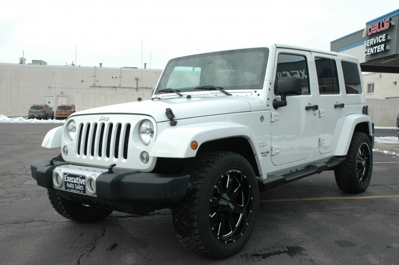 Jeep Wrangler Unlimited 2015 price $28,990