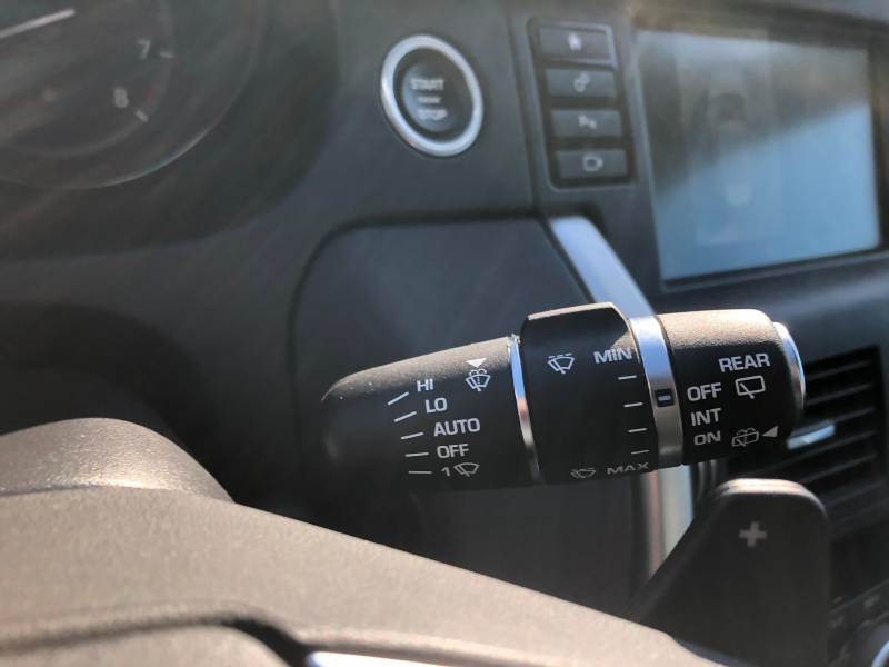 Land Rover Discovery Sport 2017 price $29,990