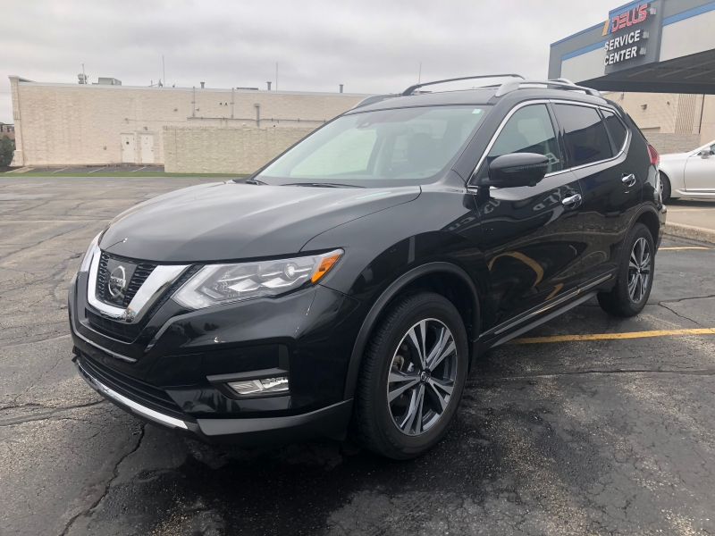 Nissan Rogue 2017 price $19,990