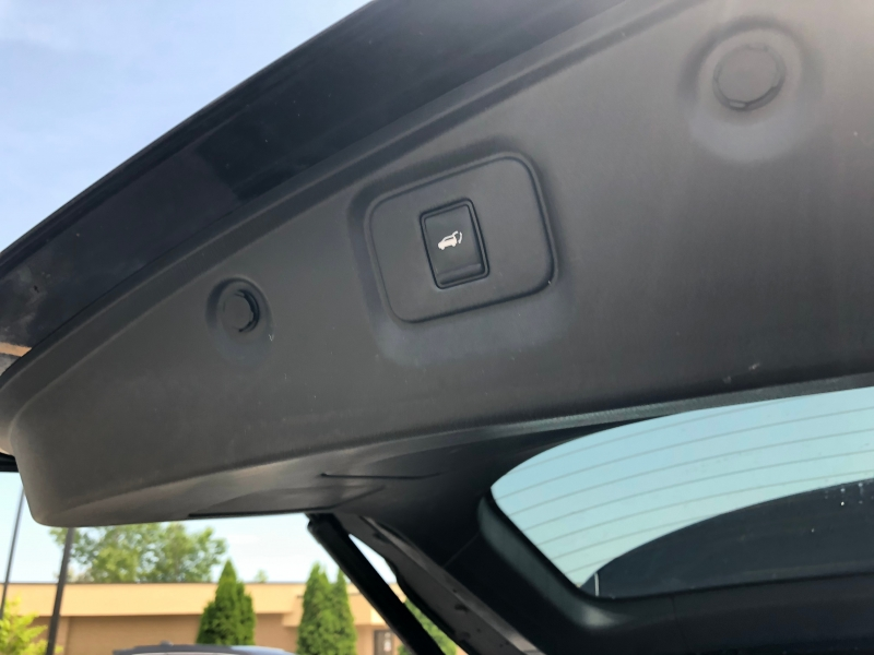 Nissan Pathfinder 2017 price $24,990