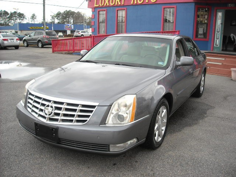 Cadillac DTS 2007 price $0
