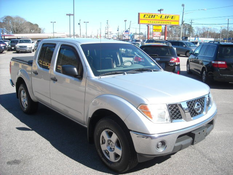 Nissan Frontier 2007 price $8,900