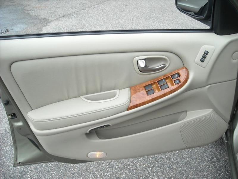 Infiniti I 35 2003 price $4,900
