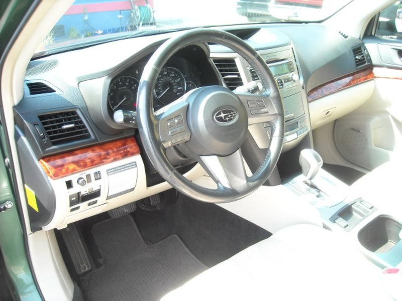 Subaru Outback 2011 price $7,900