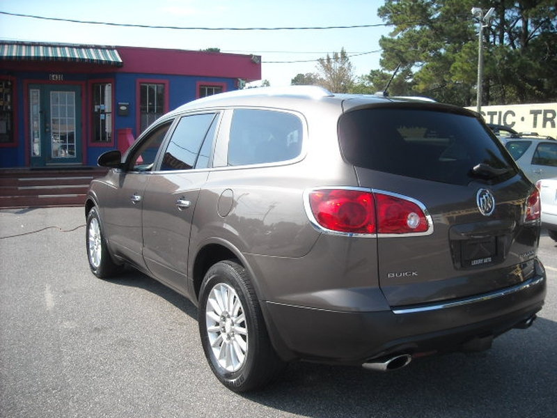 Buick Enclave 2008 price $7,900