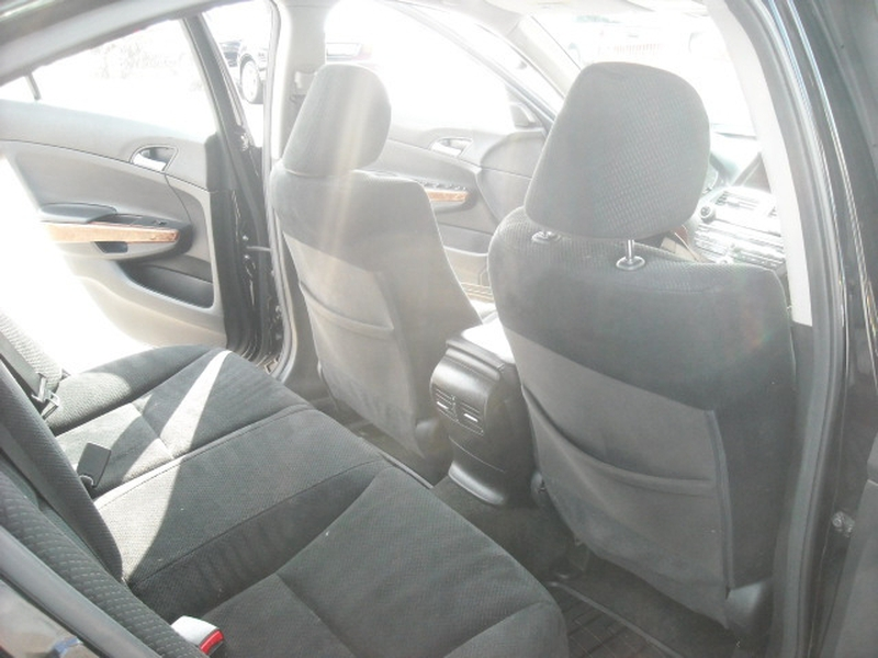 Honda Accord Sdn 2012 price $9,700
