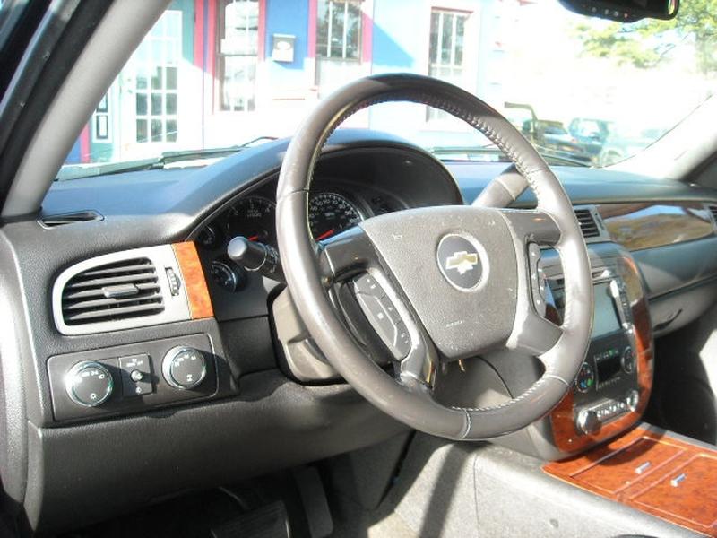 Chevrolet Avalanche 2008 price $10,500