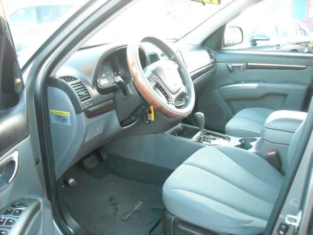 Hyundai Santa Fe 2010 price $5,900