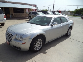 Chrysler 300-Series 2010