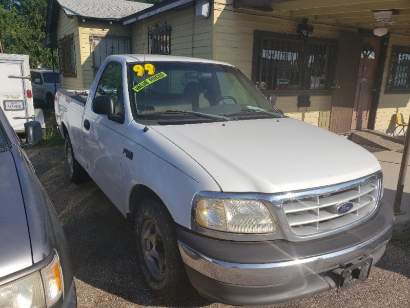 Ford F-150 1999 price $2,400