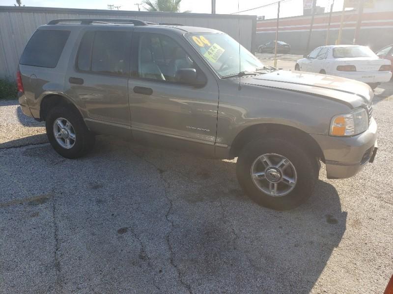 Ford Explorer 2004 price $3,000