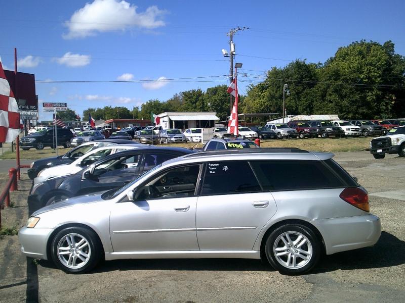 Subaru Legacy 2005 price $1,250 Down