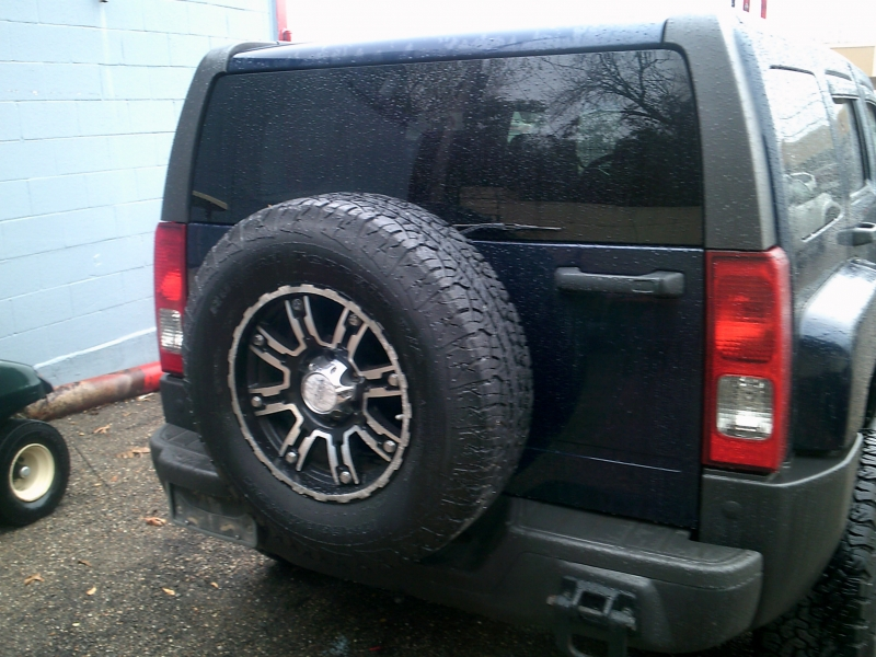 Hummer H3 2008 price $4,950