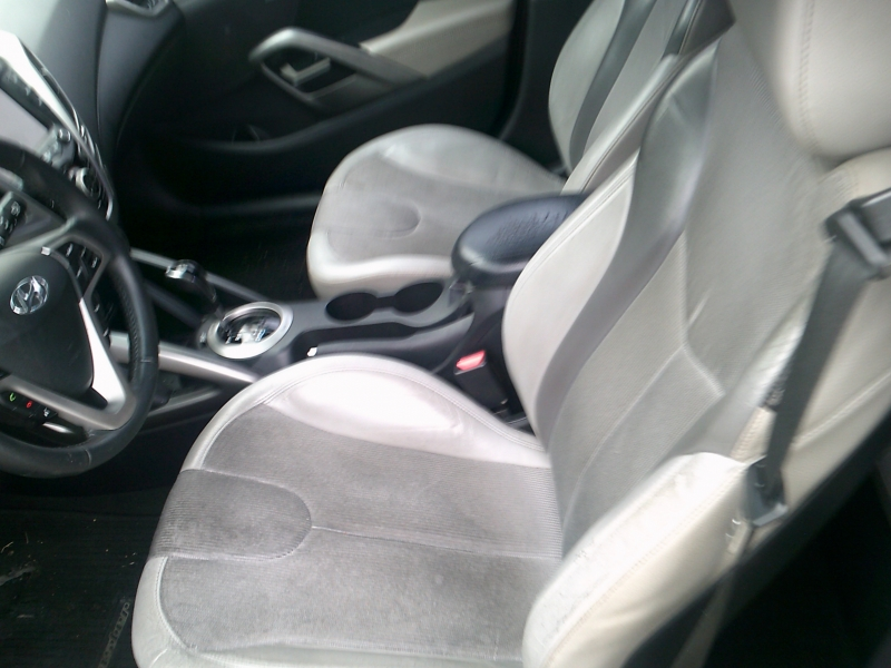 Hyundai Veloster 2012 price $5,950