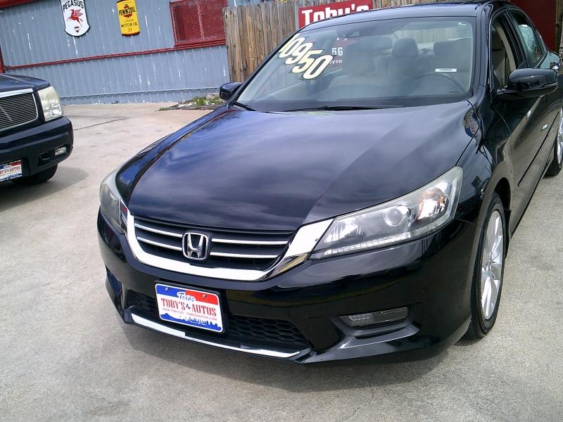 Honda Accord Sedan 2014 price $9,950