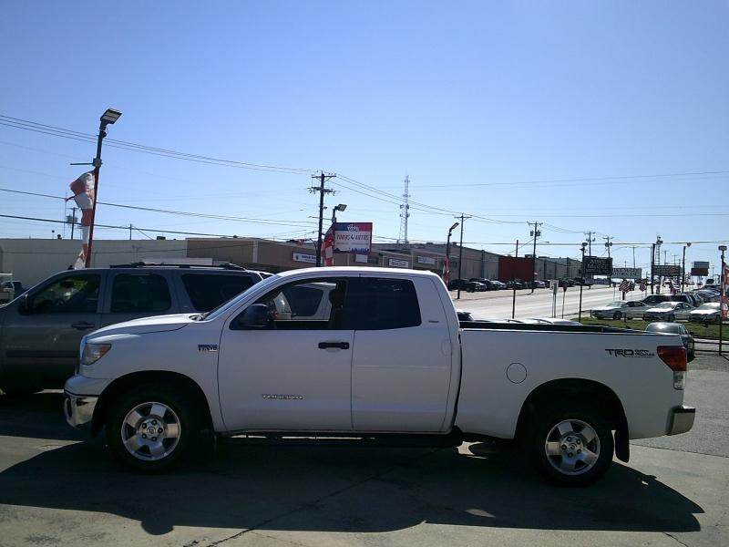 Toyota Tundra 2WD Truck 2010 price $8,950