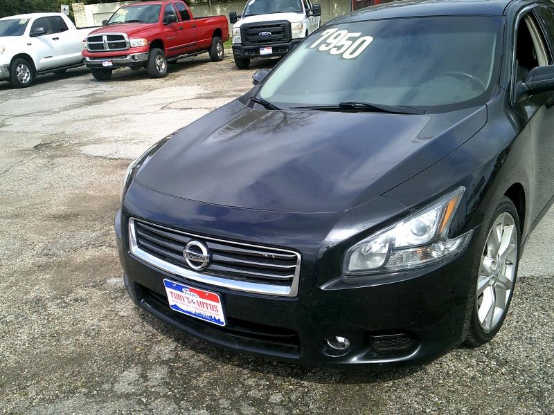 Nissan Maxima 2012 price $8,950