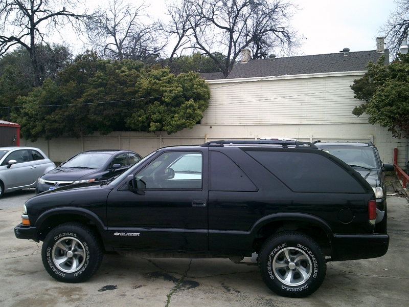 Chevrolet Blazer 2004 price $2,450