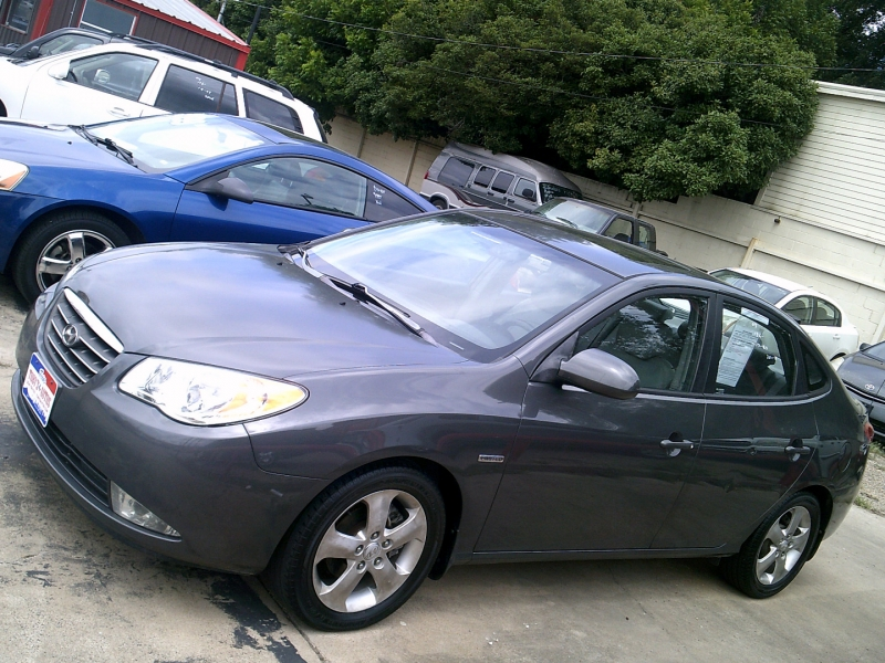 Hyundai Elantra 2007 price $1,750 Down