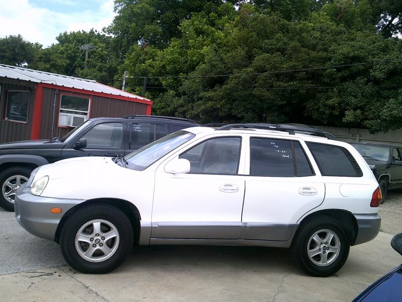 Hyundai Santa Fe 2004 price $1,500 Down