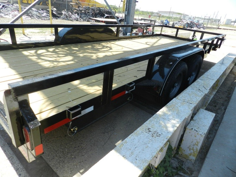 East Texas Trailers 83x20' 2018 price $3,100