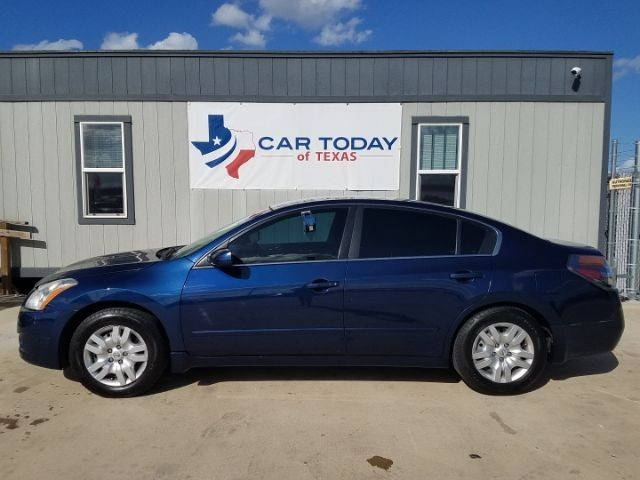 Nissan Altima 2010 price $11,995