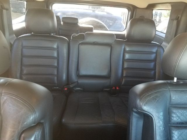 Hummer H2 2005 price $15,995