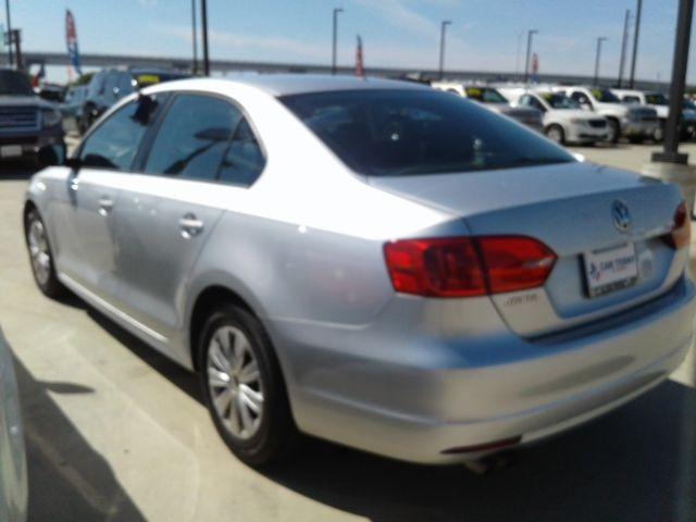 Volkswagen Jetta 2014 price $11,995