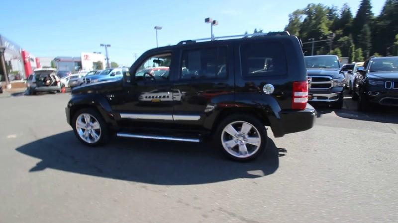 Jeep Liberty 2012 price $720,000,000