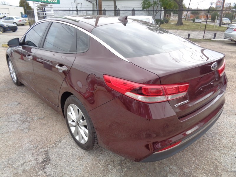 Kia Optima 2017 price $19,995
