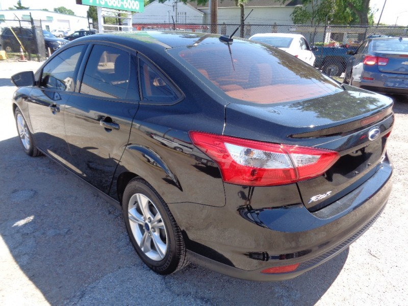 Ford Focus 2014 price