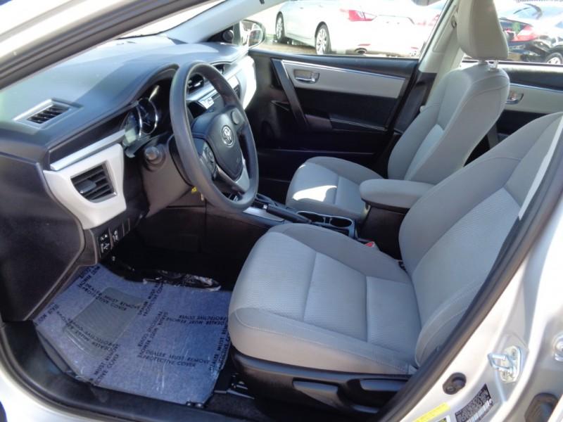 Toyota Corolla 2016 price $19,995