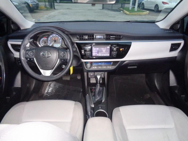 Toyota Corolla 2016 price $17,995