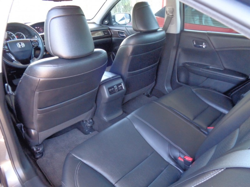 Honda Accord Sedan 2016 price $22,995
