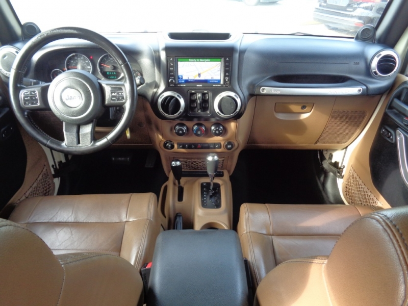 Jeep Wrangler Unlimited 2011 price $25,995