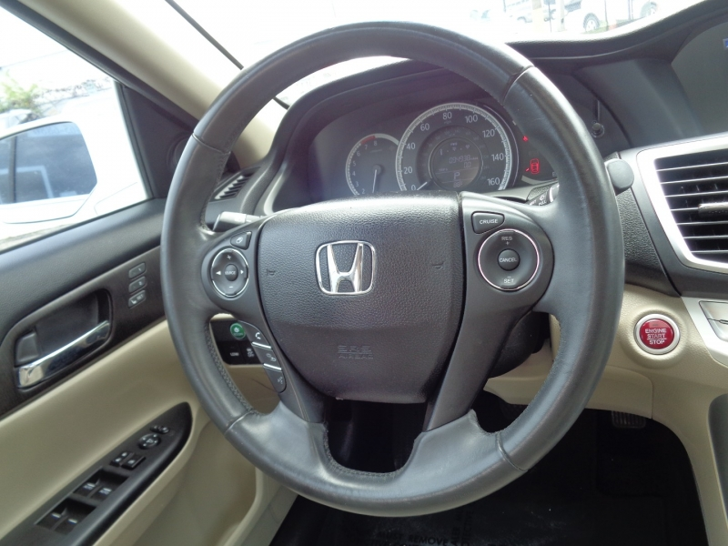 Honda Accord Sedan 2014 price $17,995